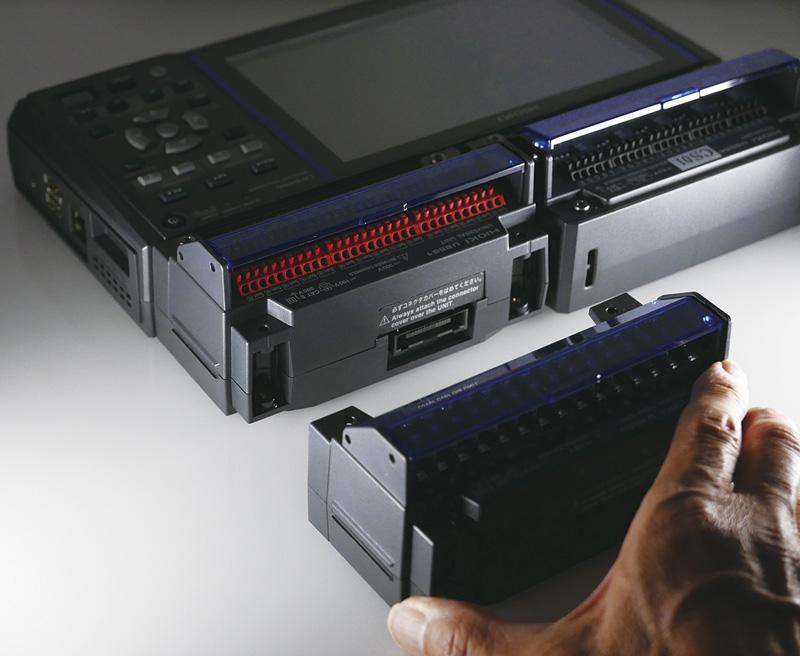 Thiết bị ghi dữ liệu đa kênh LR8450 đạt 120 kênh đầu vào